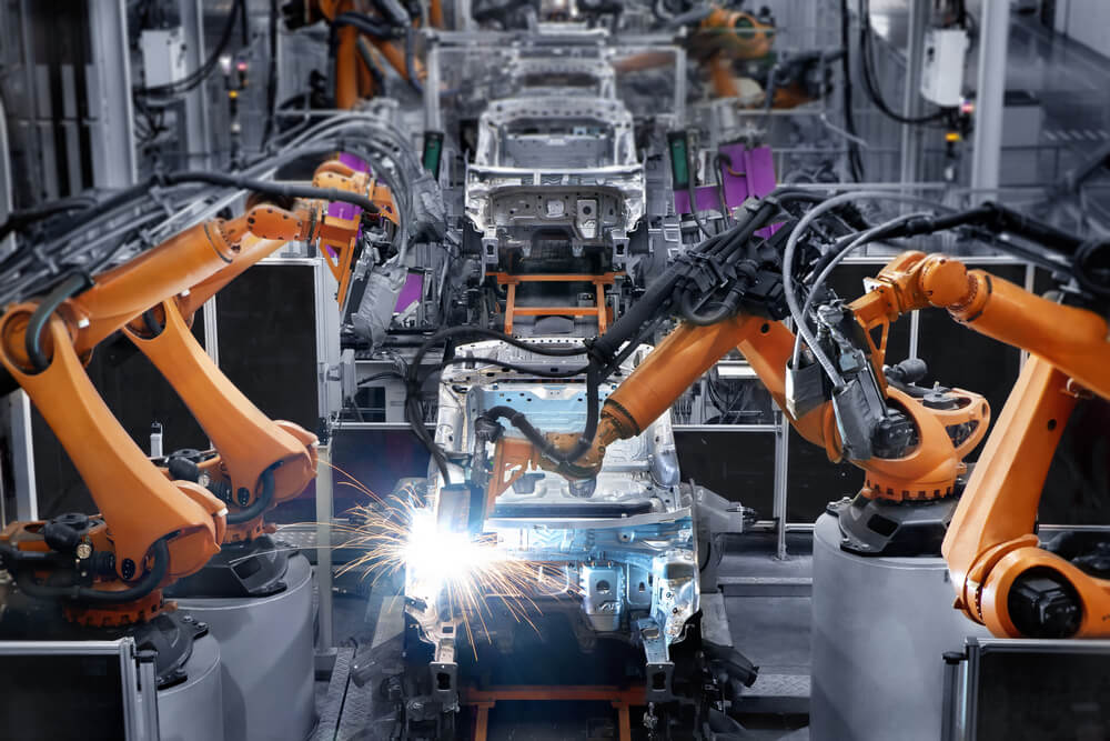 Manufacturing industry uses AI and machine learning to cut costs